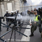 "French Minister Says Police Should ""Shoot and Kill"" Yellow Jackets Protestors"